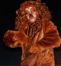 """Paul Robere as The Lion singing:  """"If I only had the nerve"""""""