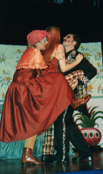 Three to tango? Lowbutt (Bonnie Zellerbach), Queenie (Louise Truslow) and The Cat (Michael Popkin)